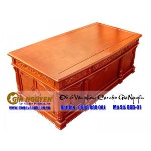 http://www.noithatgianguyen.com/144-246-thickbox/ban-giam-doc-go-tu-nhien-cao-cap.jpg