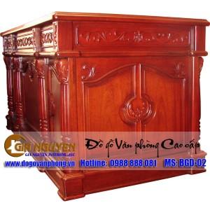 http://www.noithatgianguyen.com/175-312-thickbox/ban-lam-viec-cao-cap-danh-cho-sep.jpg
