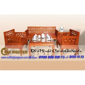 http://www.noithatgianguyen.com/197-704-thickbox/bo-ban-ghe-phong-khach-trien-van.jpg