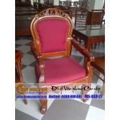 Ghế giám đốc bằng gỗ
