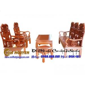 http://www.noithatgianguyen.com/414-728-thickbox/bo-ban-ghe-phong-khach-nhu-y.jpg